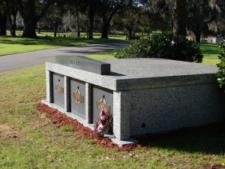 triple compartment mausoleum